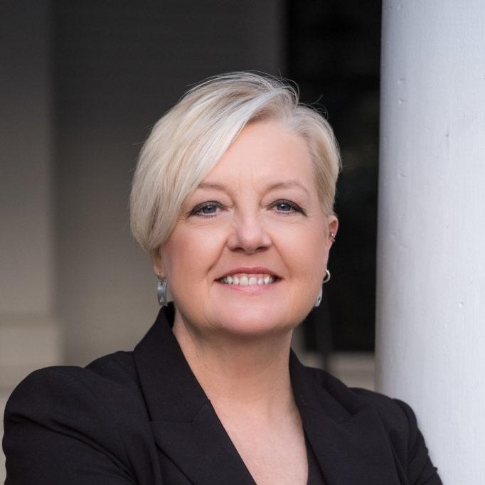 Dr. Karen L. Cox